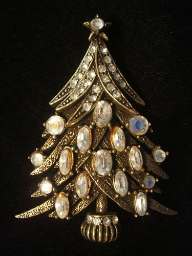 RARE Old Rhinestone Christmas Tree Pin Signed Hollycraft