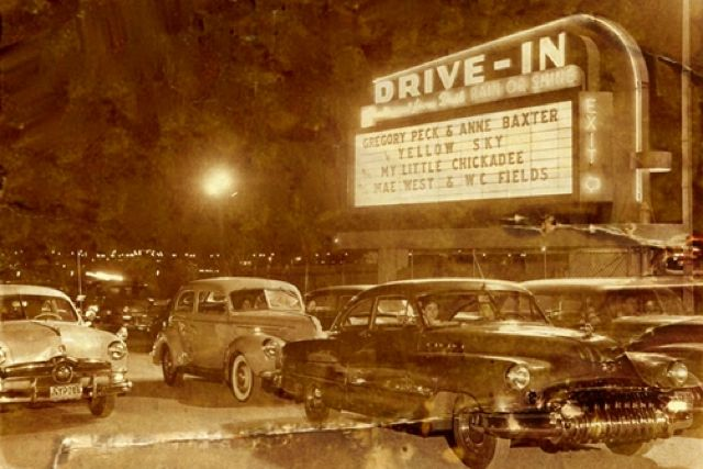 Starlight Drive In Is The Only Drive In Movie Theatre In Atlanta Make Sure You Stop By With The Kids To Wa Drive In Movie Theater Drive In Movie Movie Theater