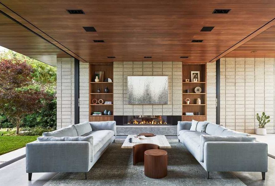 Montalba Architects Completes Construction On Airy Venice Beach Home In 2020 Home White Oak Floors Architect