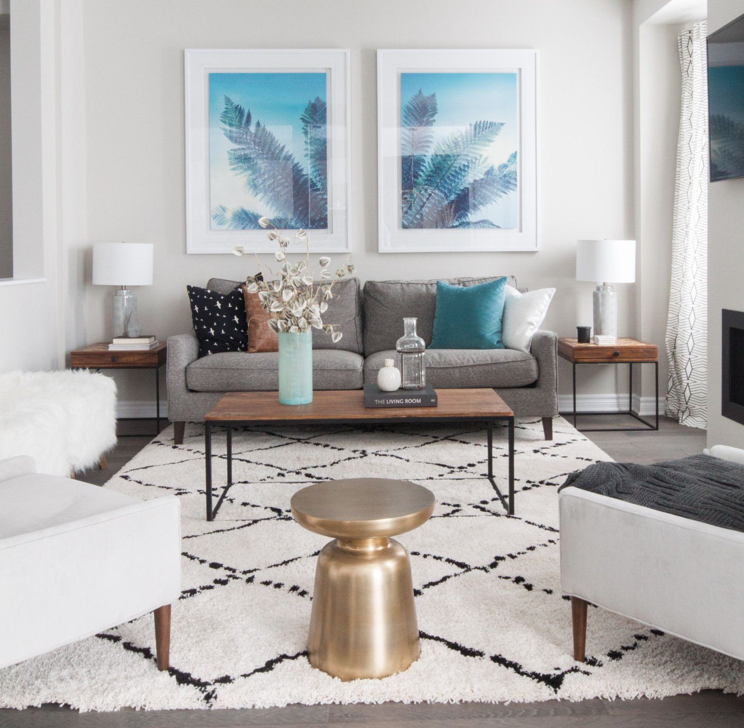 Grey White And Blue Living Room Living Room Blue Teal Accent Colors Pop Against The More Neutral