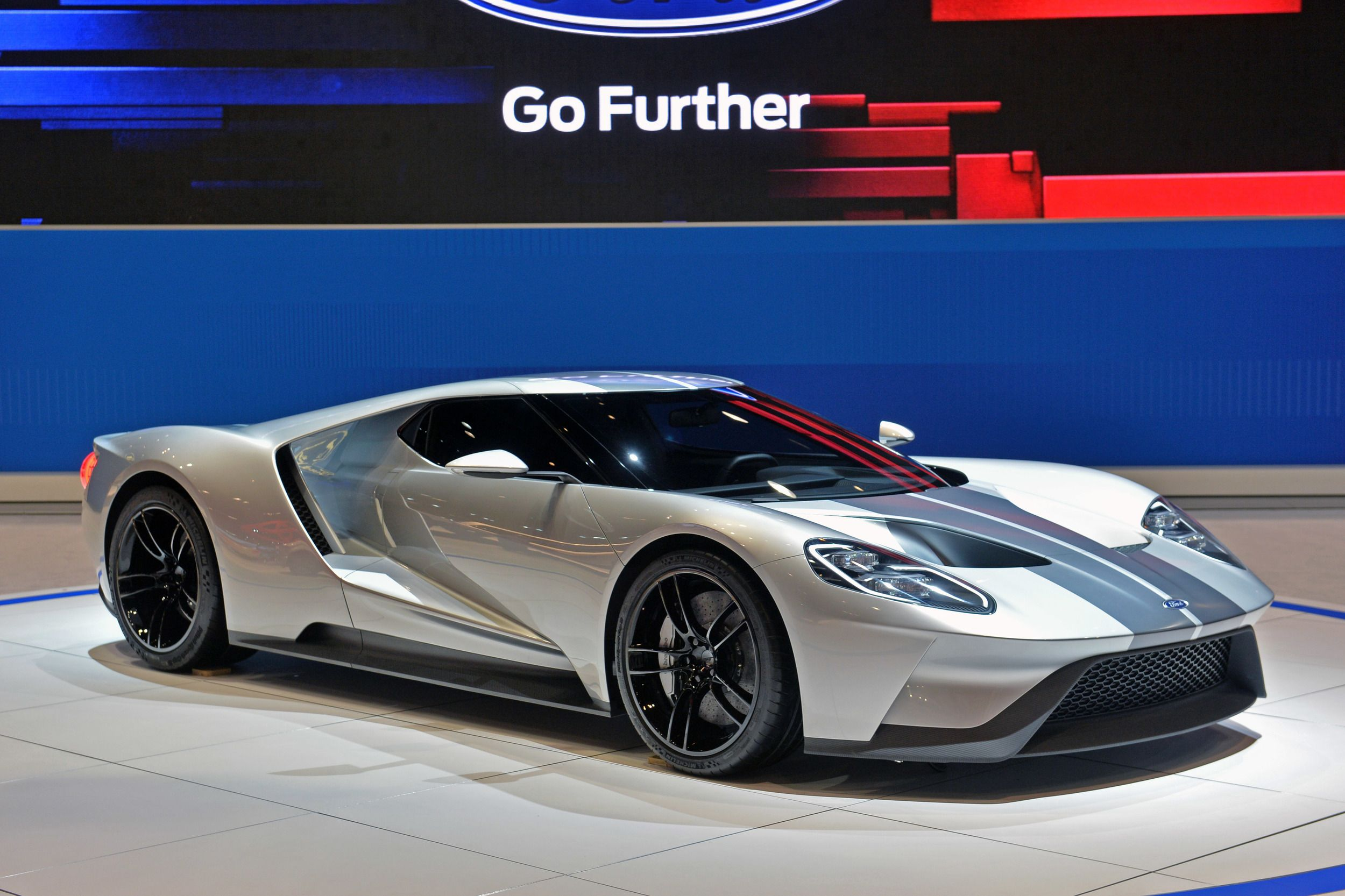 2017 ford gt 400 000 and only 250 will be built