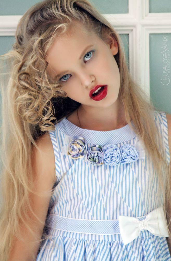 Zoya kurzenkova buscar con google zoya kurzenkova for Beautiful small teen