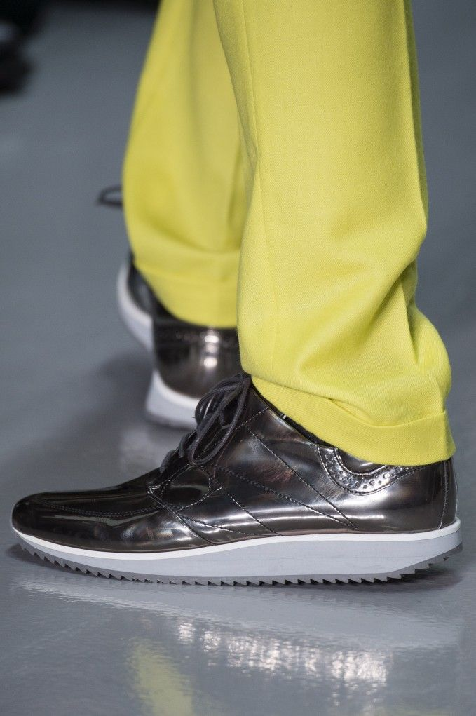 LONDON COLLECTIONS: MEN | AUTUMN WINTER 2014 2015 | RICHARD NICOLL  --   courtesy of GoRunway.com