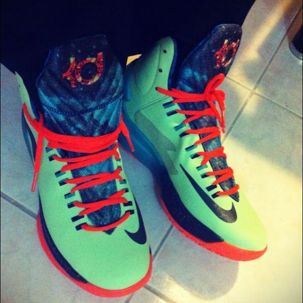 official photos c7594 9b9c0 Nike KD V Area 72  sneakers  nike -- Goin extraterrestrial with these   Area72 KD Vs.