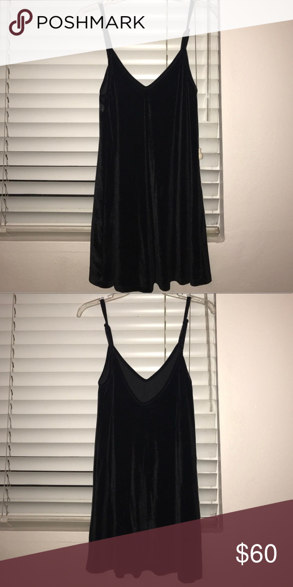 7715d7a9bf18 LF Black Velvet Slip Dress Mini LF Black Velvet Slip Dress Mini size XS but  fits more like a S in my opinion LF Dresses Mini