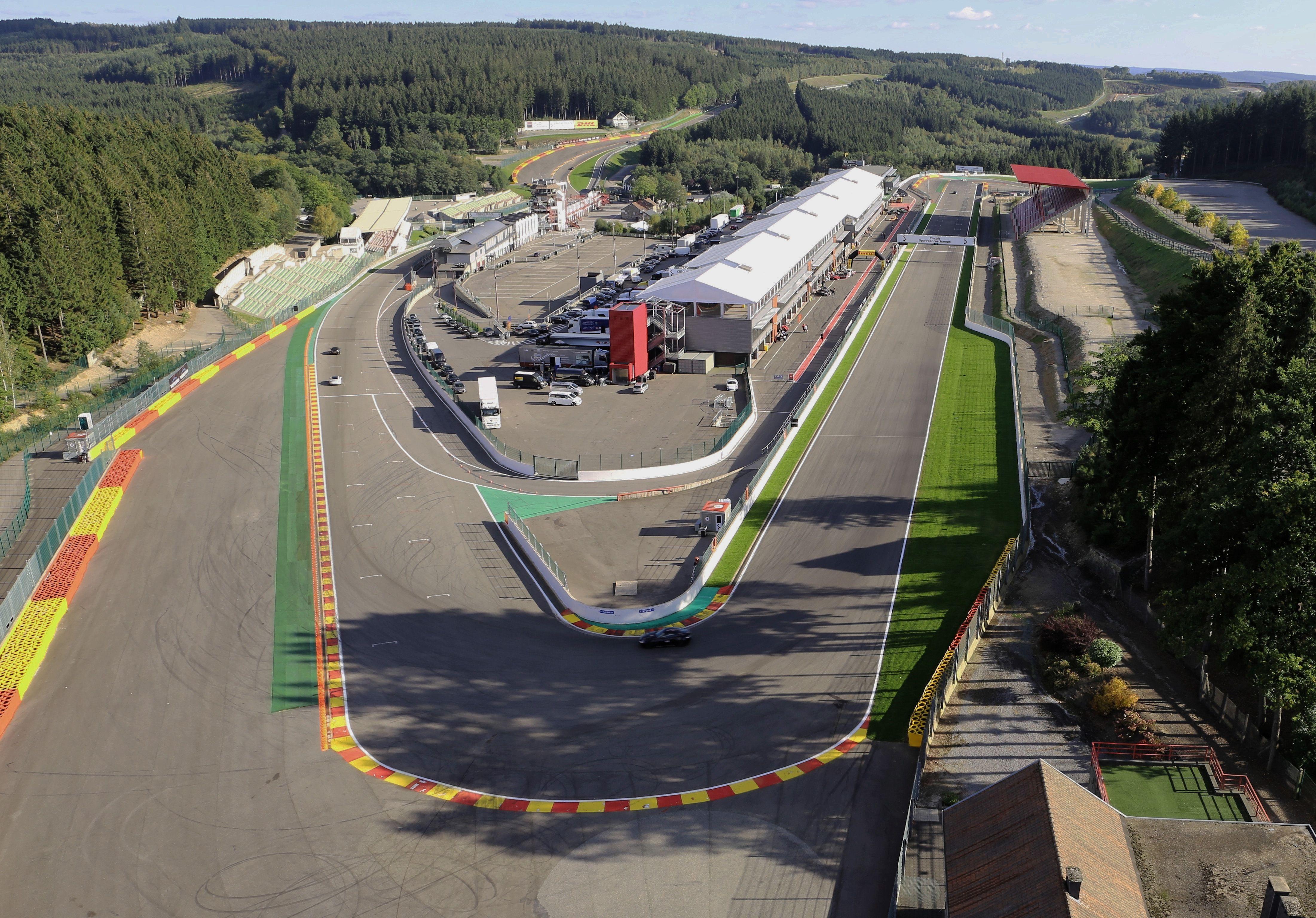 Circuito De Spa Francorchamps : Circuit de spa francorchamps belgium the ardennes