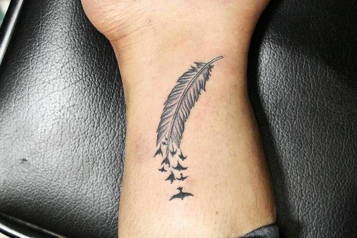 1001 + Ideen und Inspirationen für ein cooles Feder Tattoo