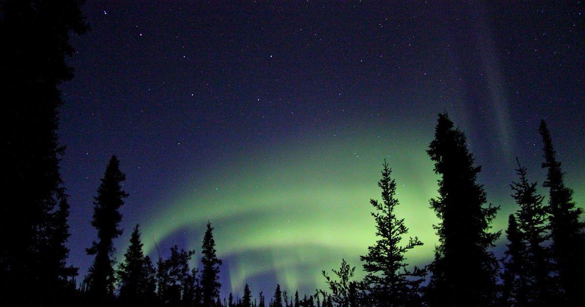 14 Gambar Pemandangan Alam Gelap Gambar Pemandangan Alam Kaki Langit Suasana Gelap Download Menggambar Pemandangan Alam De Di 2020 Cahaya Utara Pemandangan Gelap