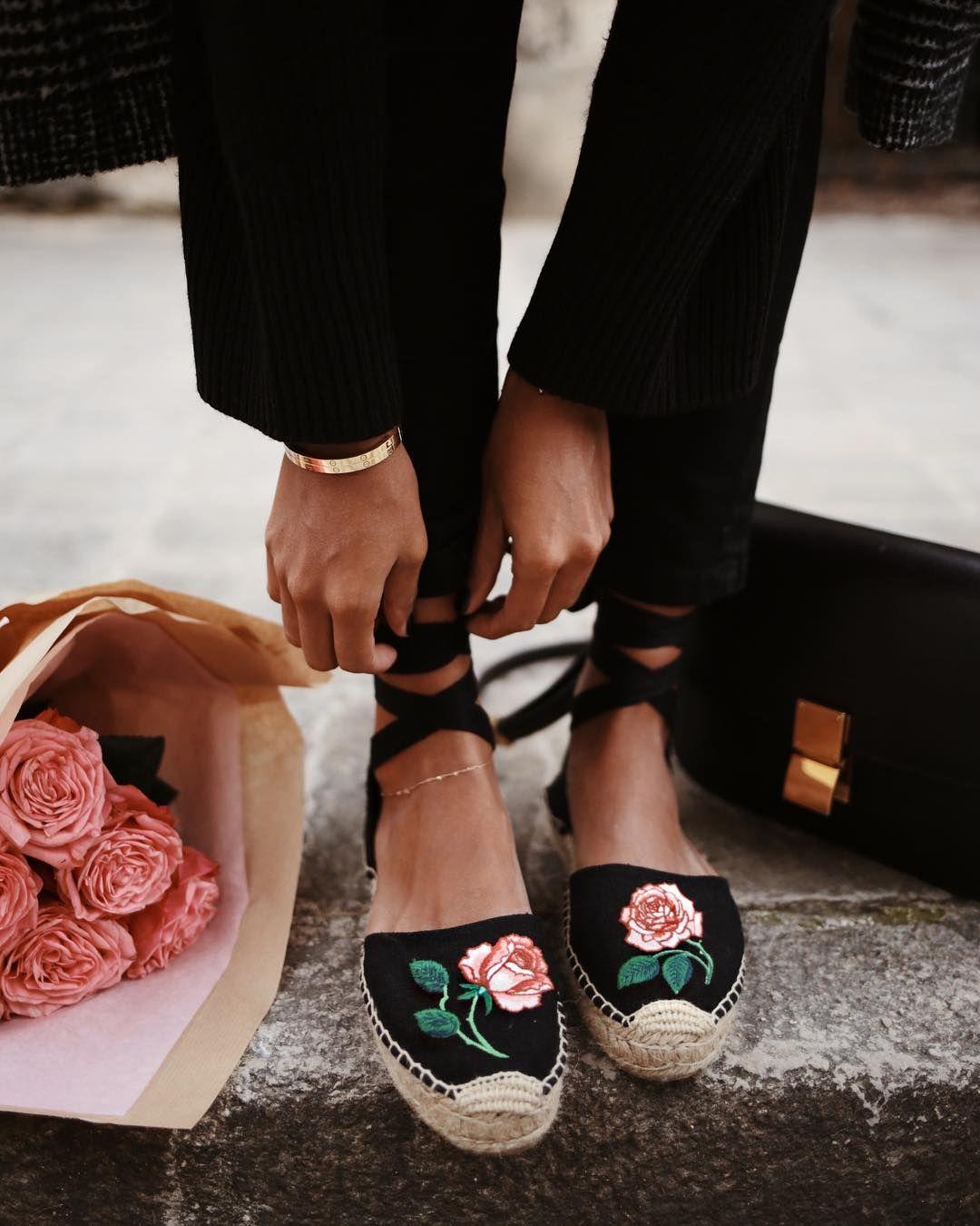df505f64964e5b Welche Schuhe passen am besten zu meinem Outfit  Die meisten Frauen werden  sich diese Frage schon einmal gestellt haben. Wir klären euch auf.
