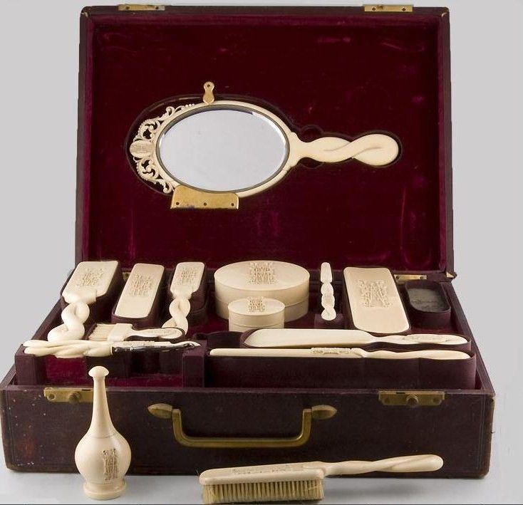 Image detail for -Antique Dressing Table Sets, Nécessaires, Travel ...