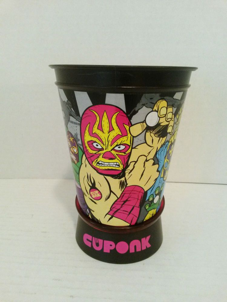 Hasbro 2009 Cuponk Cup Light Up Ball Game Plays Sounds from Wrestling Ring & Crowd #Hasbro