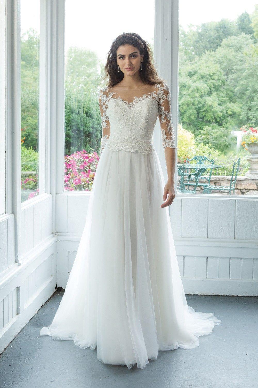 Pin på sweetheart gowns at Jolie bridal Malmö
