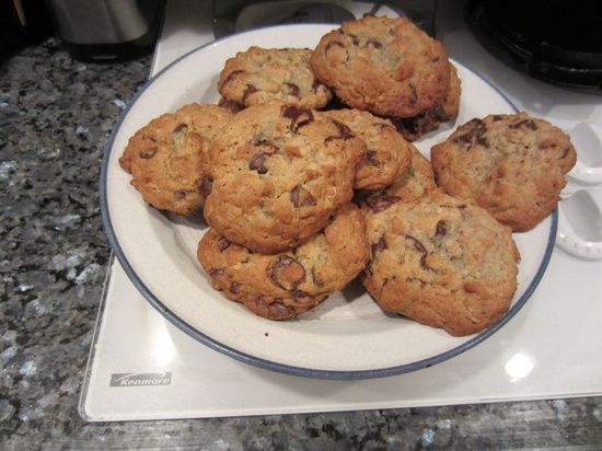 Texas Chocolate Chip Cookies #recipe | http://healthy-dessert-dale.blogspot.com