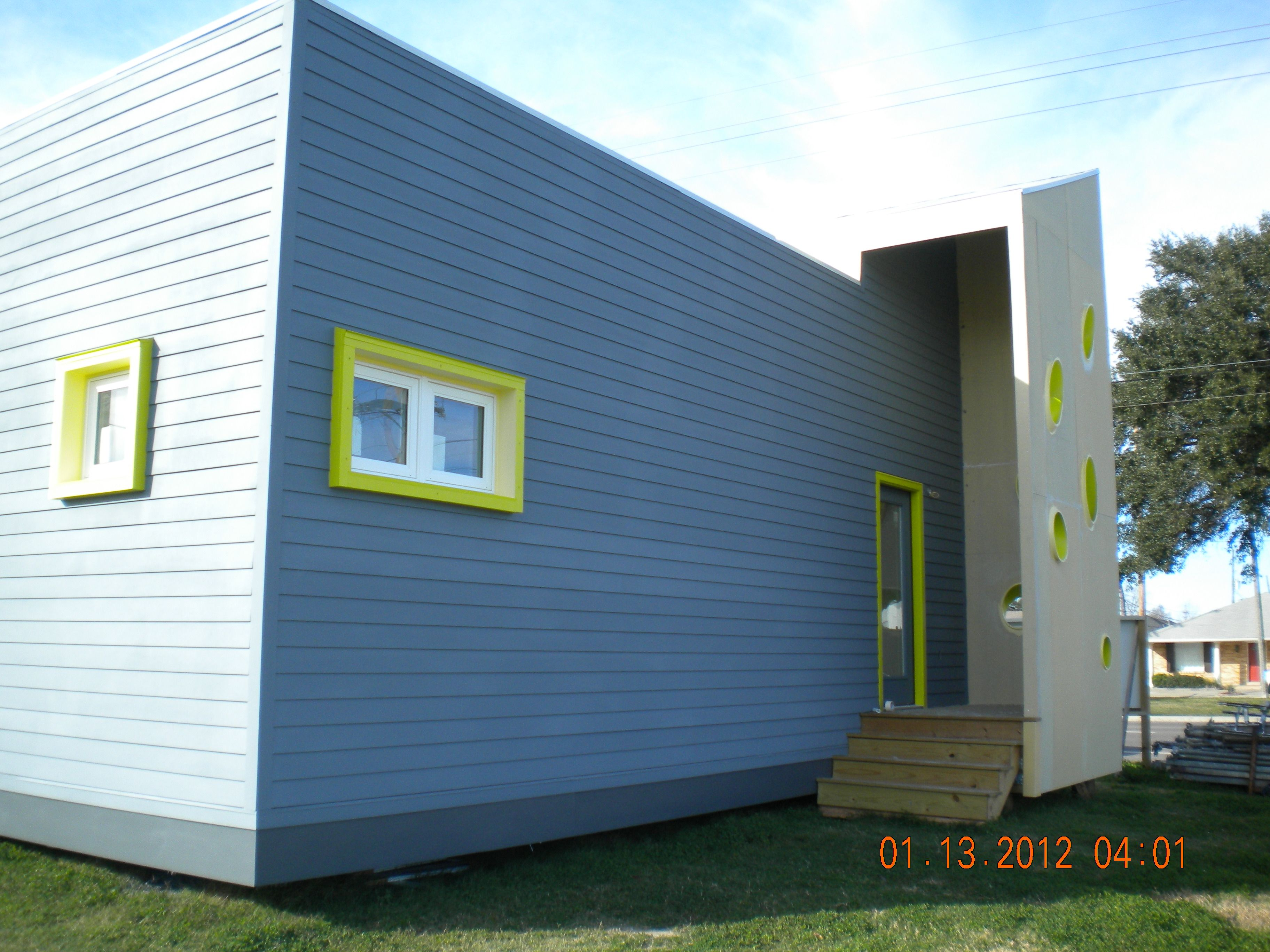Accentuate Corners And Windows With Hardie Board Trim Plus Hardie - Home exterior design ideas siding