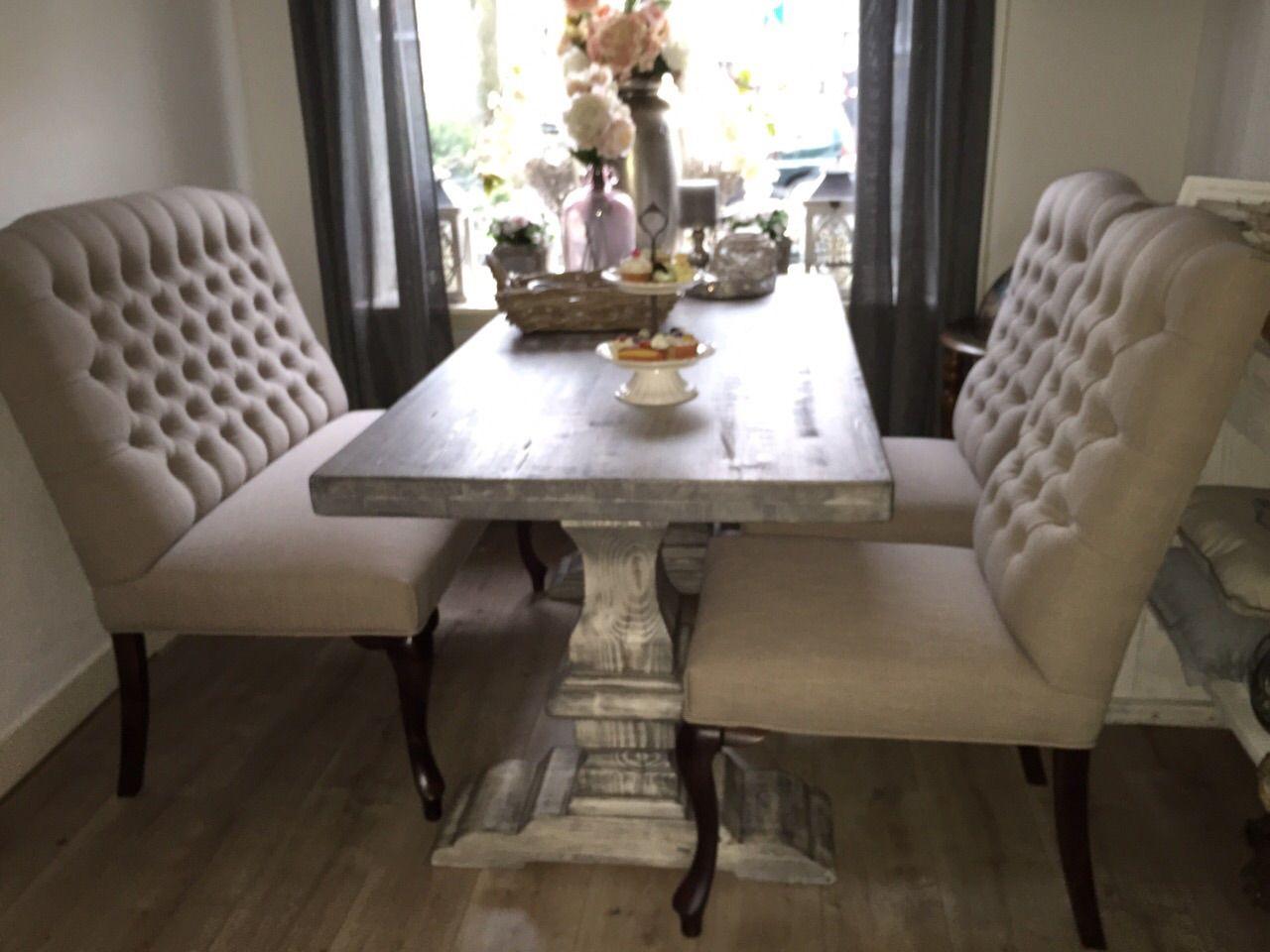 Gecapitonneerde eetkamerstoel knopen eetkamer for Eetkamer stoel