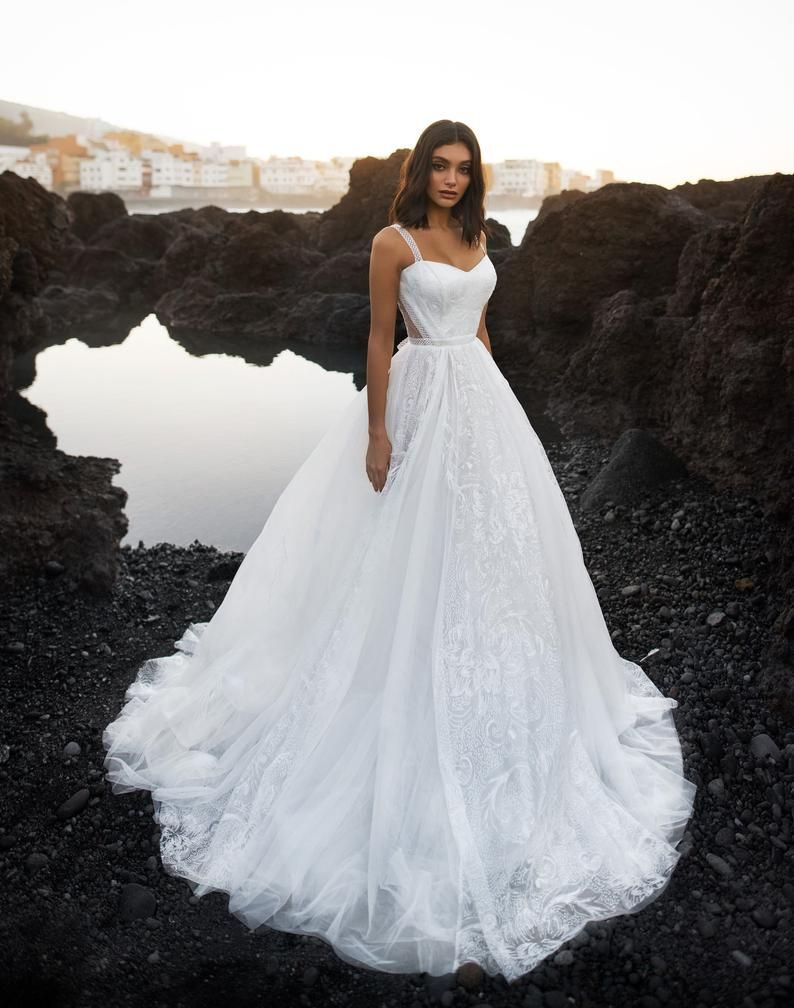Princess wedding dress SOMALIE with long train by Blammo-Biamo • Dream Ocean collection 2019 •