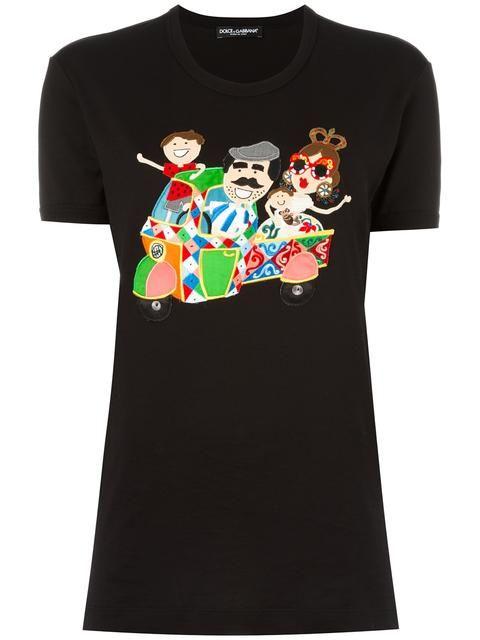 f3aab677 DOLCE & GABBANA DG family patch T-shirt. #dolcegabbana #cloth #티셔츠