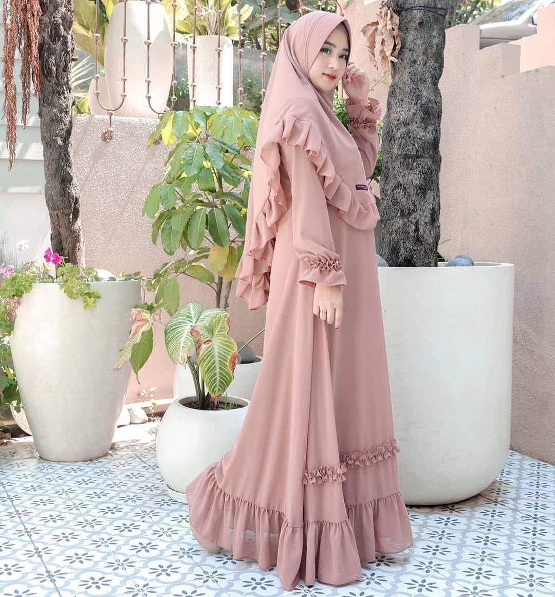 😍😍😍❤❤❤ Assalamumu'alaikum.wr.wb. Follow @putri_meilani5 . Like & Follow ya kaka😍😘... . .  #hijab #creative #tips #good #instagood #instagram #viral #insta #instafood #cantik #fans #bidadari #nice #palembang #instamood #indonesia #hijabers #instalove #instapic #aceh #instafollow #hijaber #best #love #bandung #instalike #beautiful #cute #selfie #like