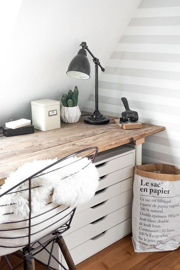 Schreibtischplatte aus alten Bodendielen #hyggeligwohnen