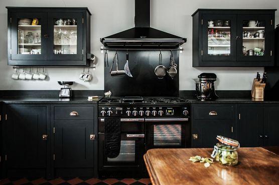 British Standard Uk Black Fitted Customer Kitchen With Cupboards So Beautiful British Standard Kitchen Black Kitchen Countertops Black Kitchen Cabinets
