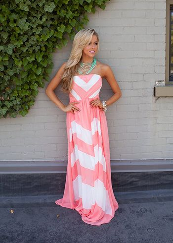 Online boutique. Best outfits. Dreamy Chevron Maxi Light Coral - Modern Vintage Boutique