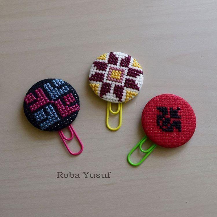 Palestinian Embroidery Bookmarks فواصل كتب تطريز فلسطيني تطريز يدوي تطريز فلاحي تطريز فلسطيني تط Cross Stitch Cushion Cross Stitch Cross Stitch Bookmarks