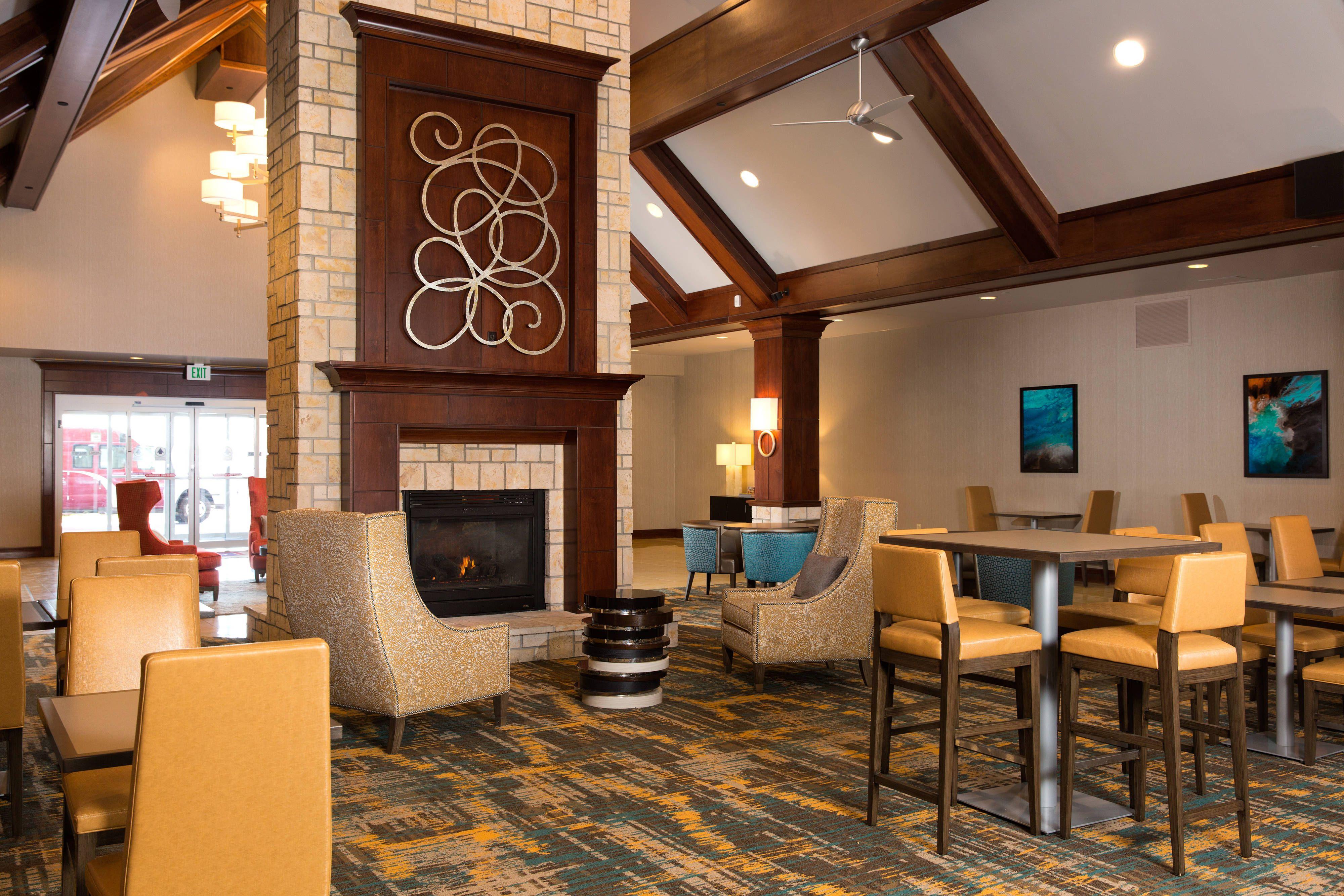 Residence Inn Kansas City Airport Hearth Room Comfort Holiday