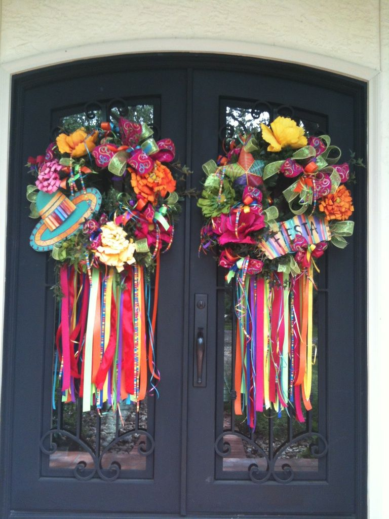 Door wreath & Viva Fiesta! Show Me some Streamers | The ribbon Birthdays and ... Pezcame.Com