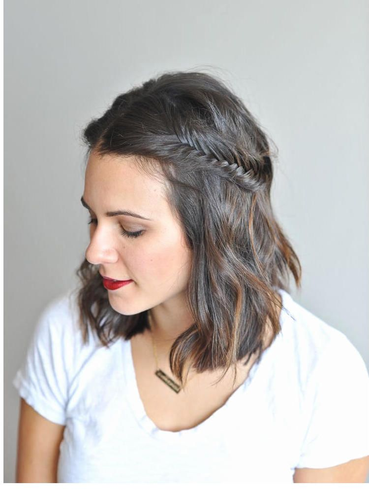 Flechtfrisuren Fur Kurze Haare Trend Frisuren Fur Frauen 2018 Mittelalterliche Frisuren Geflochtene Frisuren Fur Kurze Haare Geflochtene Frisuren