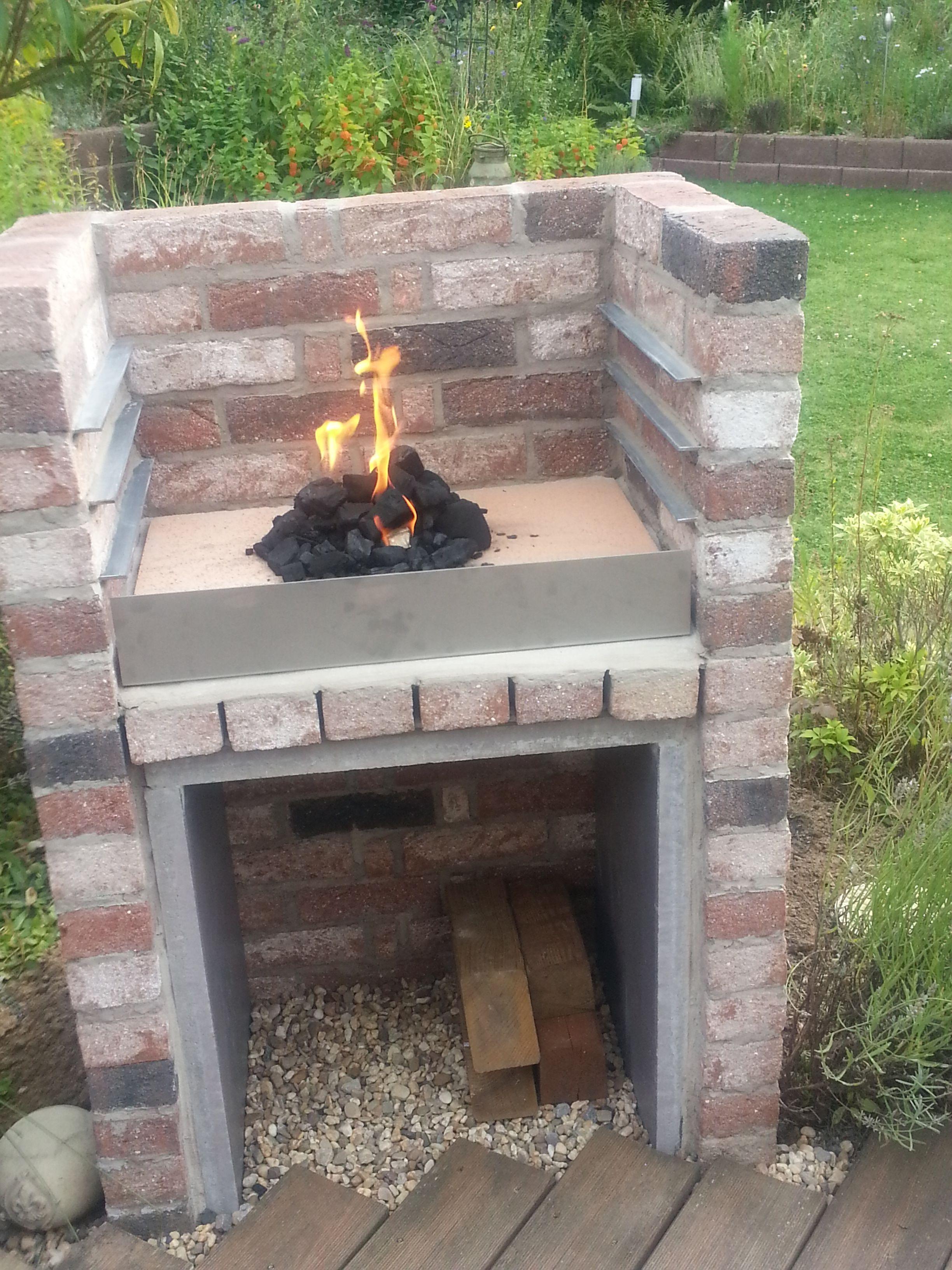 grill selbst gemauert gartenideen pinterest grill gartengrill und g rten. Black Bedroom Furniture Sets. Home Design Ideas