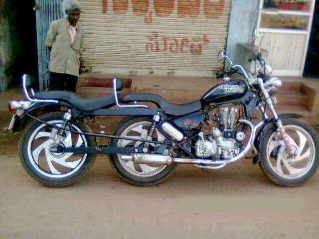 Tandem Motorcycle With Images Motorcycle Tank Motorcycle