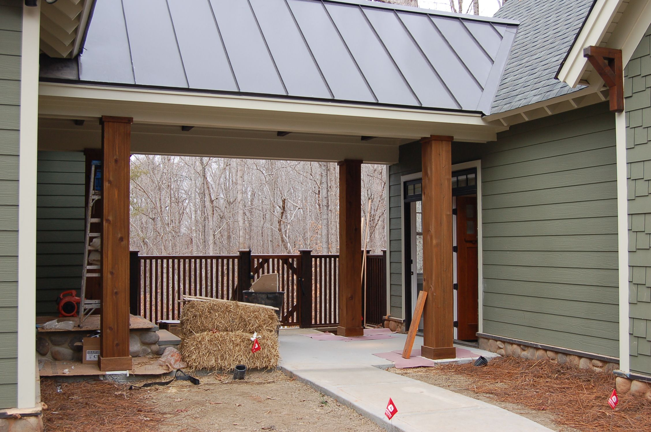 Dsc 0039 breezeway house and metal roof for Garage column wrap