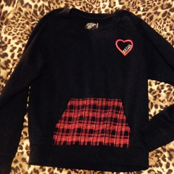 Metal mulisha crew sweater Never worn crew neck with from pocket Sweaters