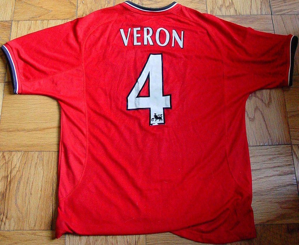 Juan Sebastian Veron 4 Manchester United