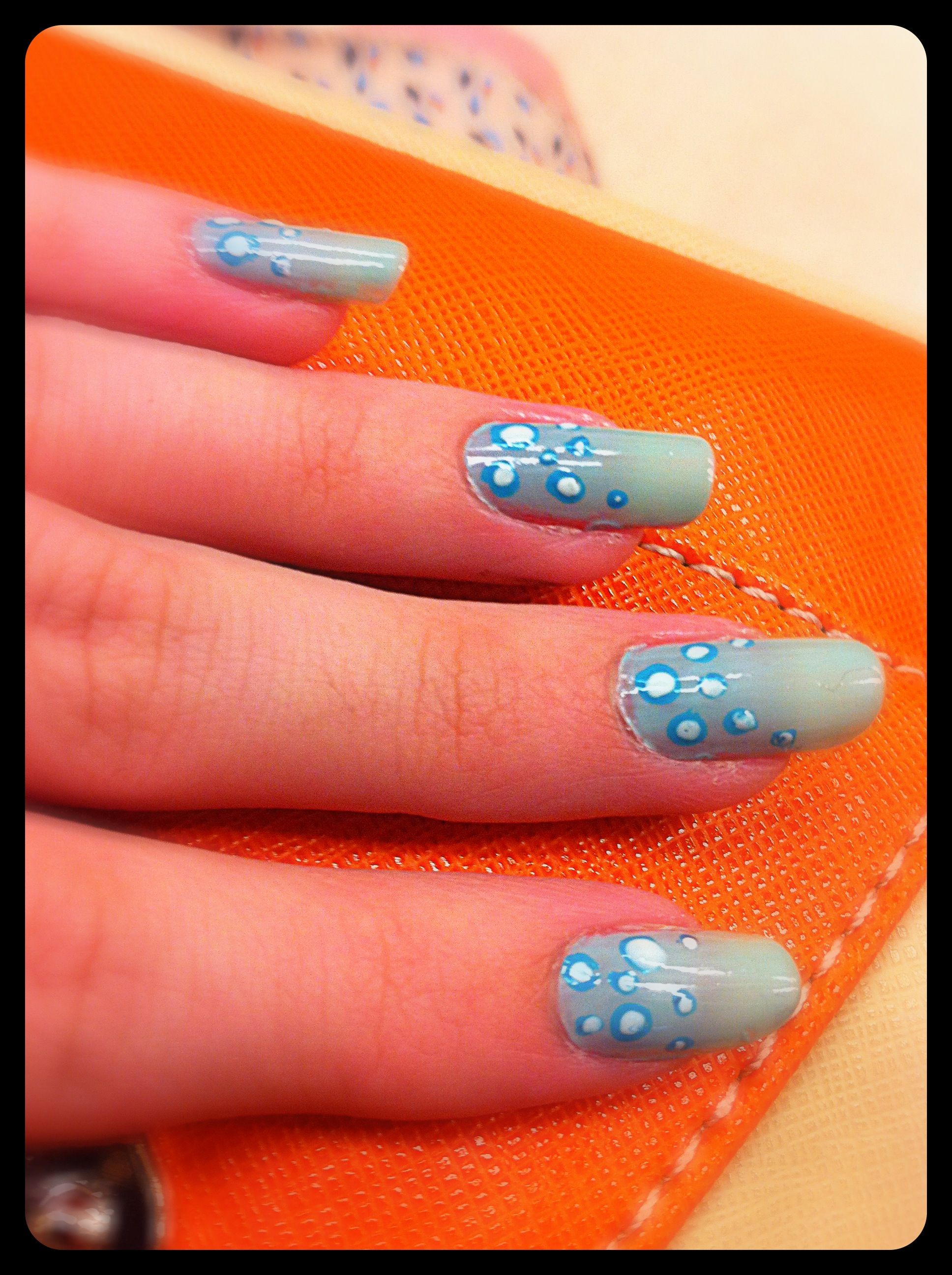 Water Bubbles Nails Nailart Mani Freehand Nails Pinterest