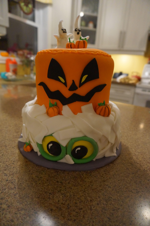 Halloween! Idea token from pinterest Cake, Halloween, Party