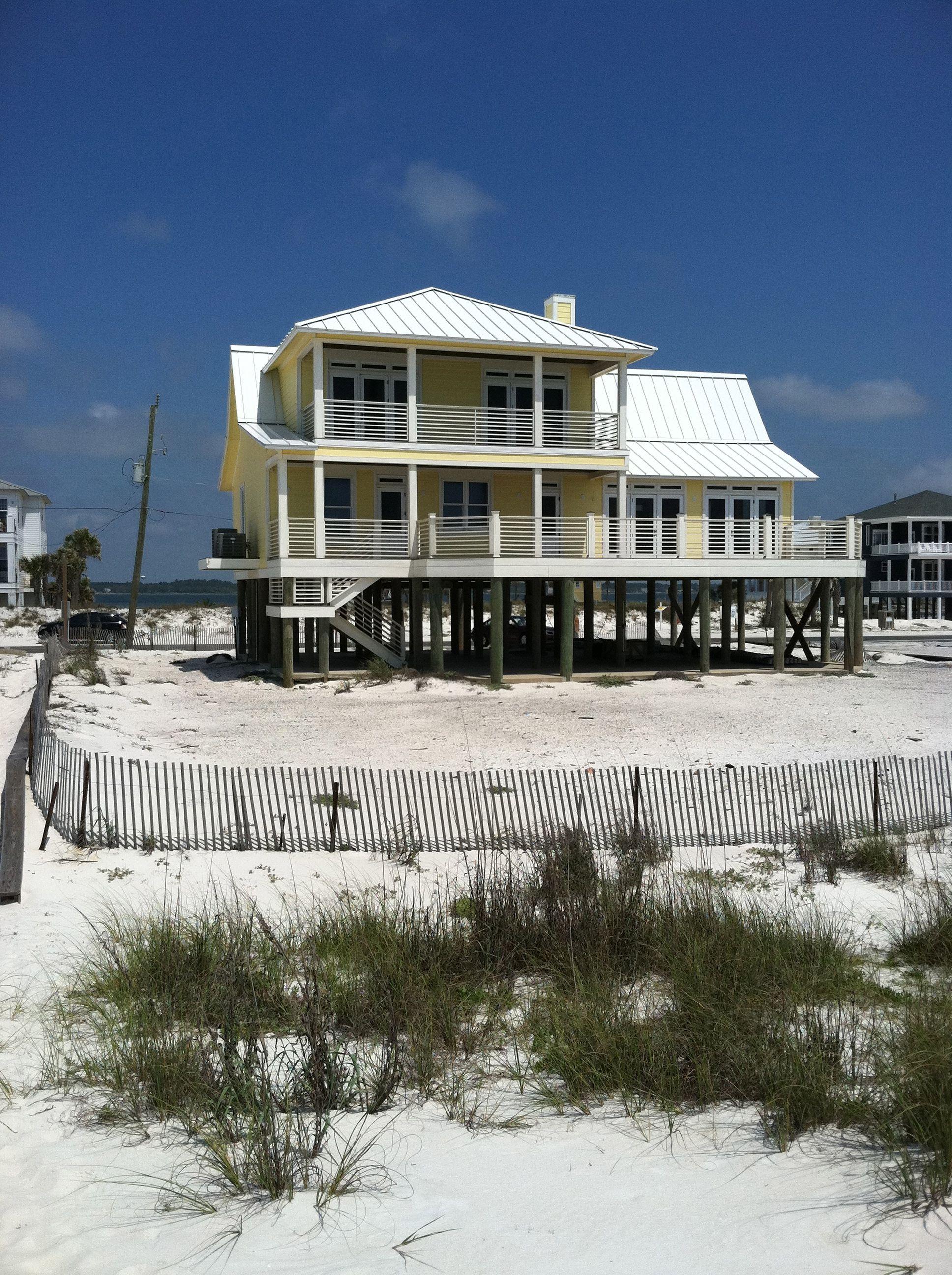 Beautiful beach House in Navare Florida