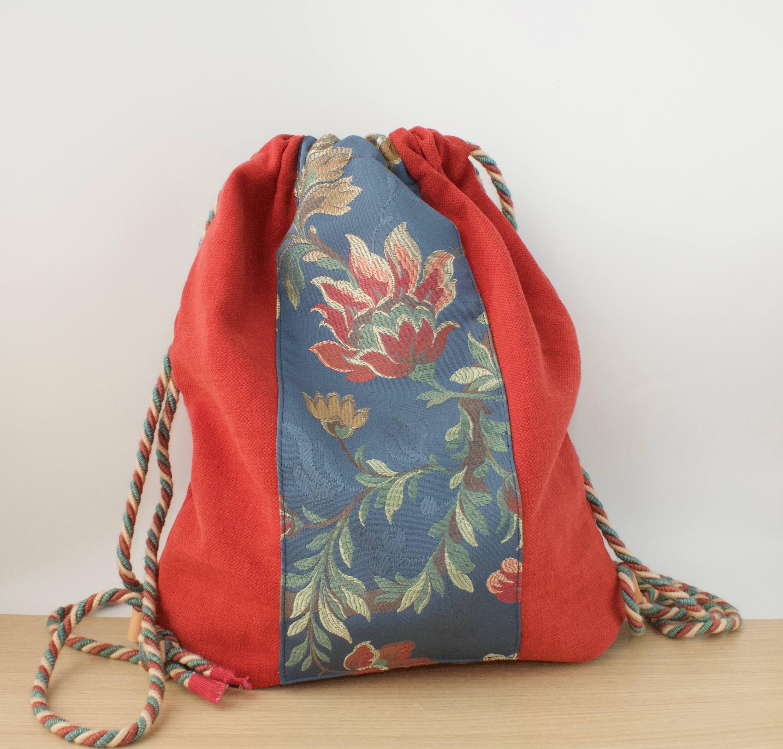 Zaino sacca di tela cotone pesante rosso con decorazione for Decorazione zaino