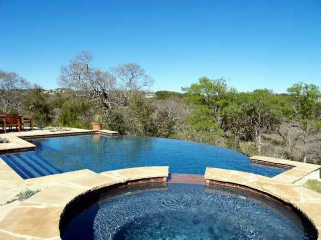 Acreage Homes in Austin, Texas - Nice Homes with 5+ Acres for