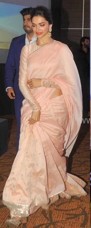 Deepika Padukone | Deepika padukone saree, Party wear ...
