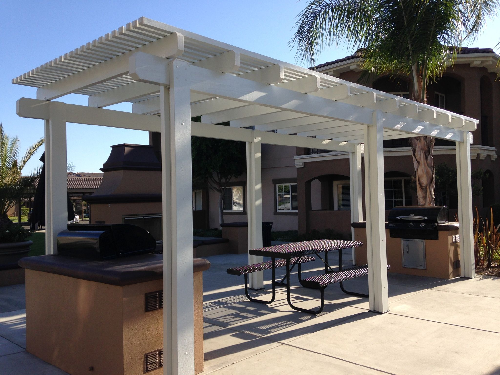 Freestanding Alumawood Patio Covers : Alumawood freestanding lattice white mitered ends