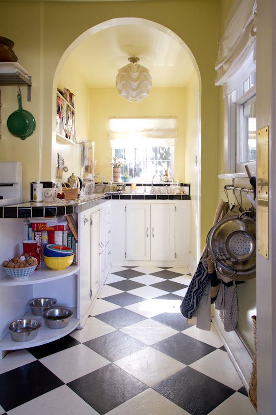excellent white kitchen yellow accents | Blythe's Bohemian West Hollywood Cottage | Kitchens and ...