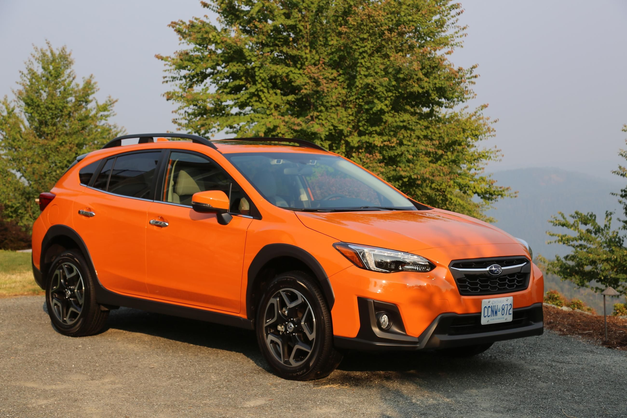 2018 subaru crosstrek review autoguide news pertaining to subaru 2018 subaru xv crosstrek. Black Bedroom Furniture Sets. Home Design Ideas