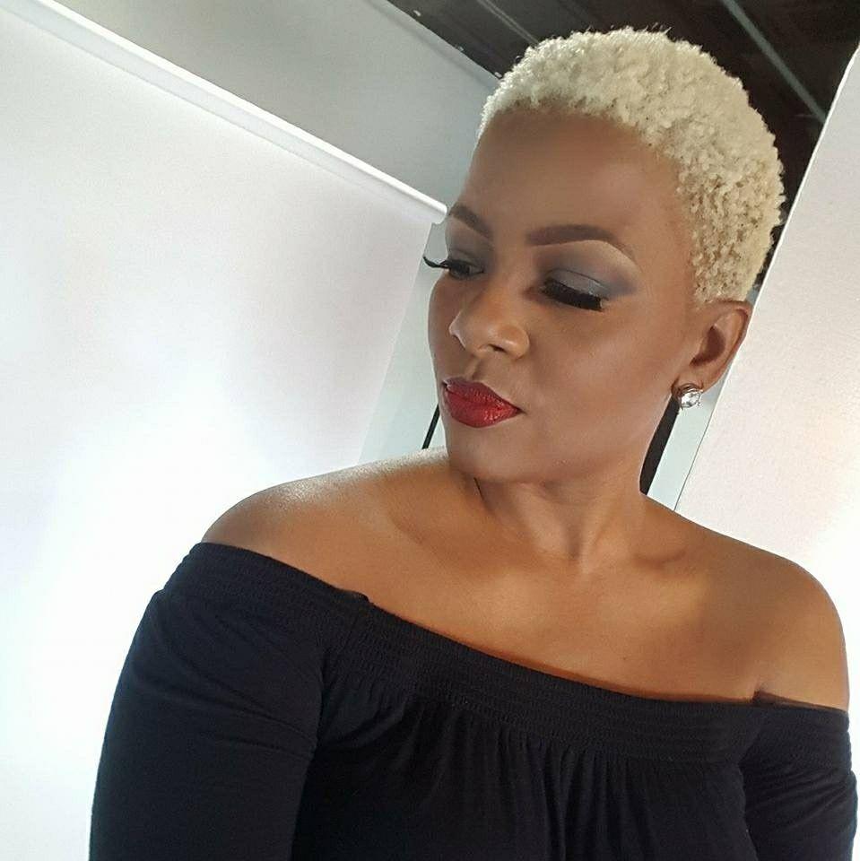 Blonde Twa With Images Natural Hair Styles Blonde Twa Twa