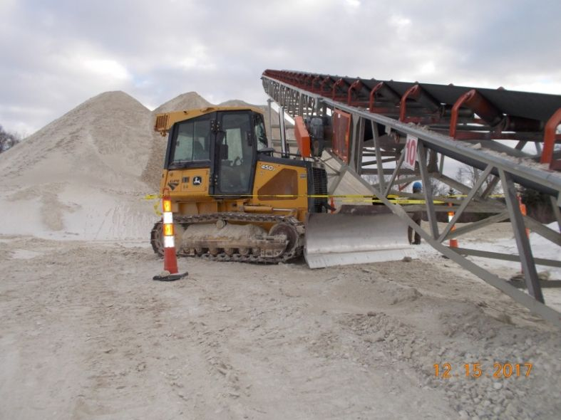 Serious Accident Alert Miner pulled into conveyor #construction - dragline operator sample resume