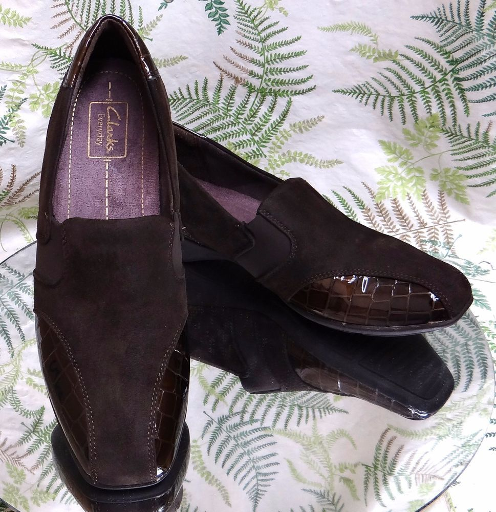 CLARKS BROWN LEATHER LOAFERS SLIP ONS DRESS COMFORT WORK SHOES US WOMENS 9.5  M #Clarks