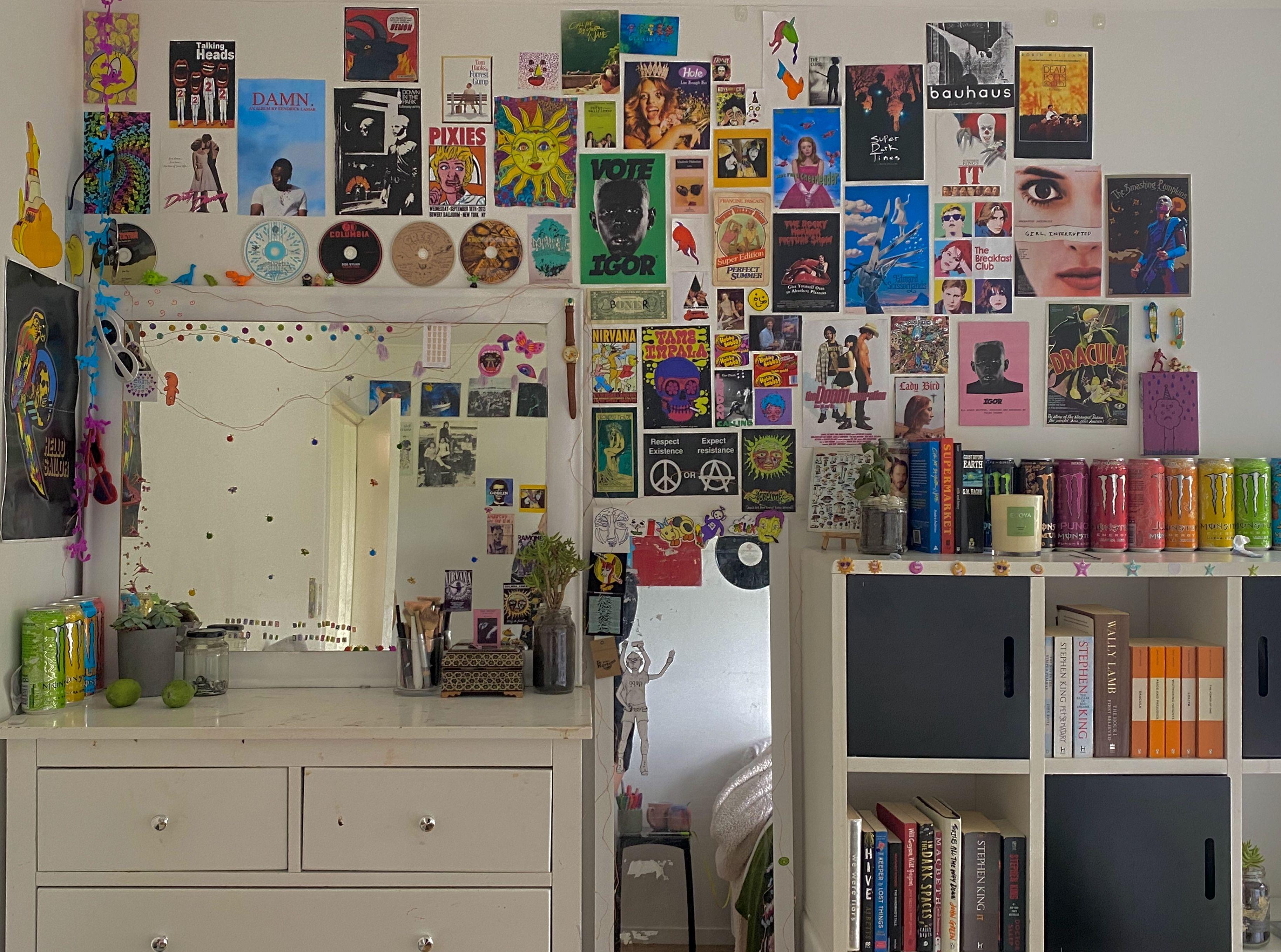 my room again in 17  Indie room, Retro room, Room inspo