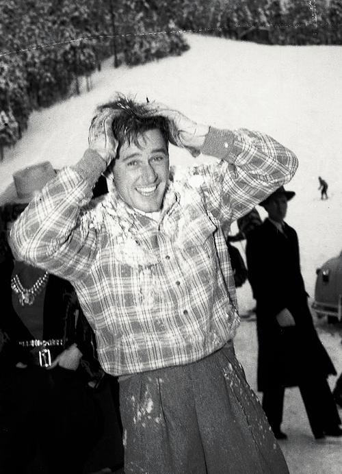 Errol Flynn enjoying the snow — Sun Valley, 1939 #ErrolFlynn #Flynn