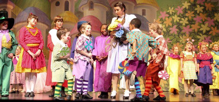 Make Wizard Oz Munchkins Costumes | Encore Rentals - Wizard of Oz ...