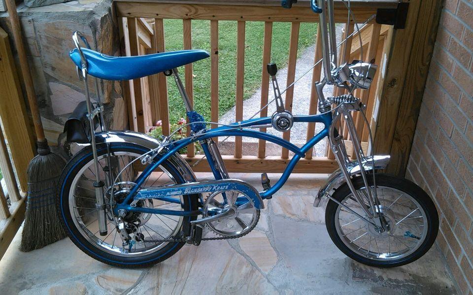 b2fab5896cf Schwinn krate stingray 1971 blueberry atom hub original paint rare, may  trade!!!